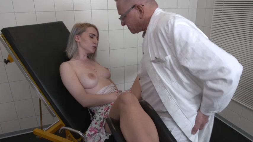 Frauenarzt porn